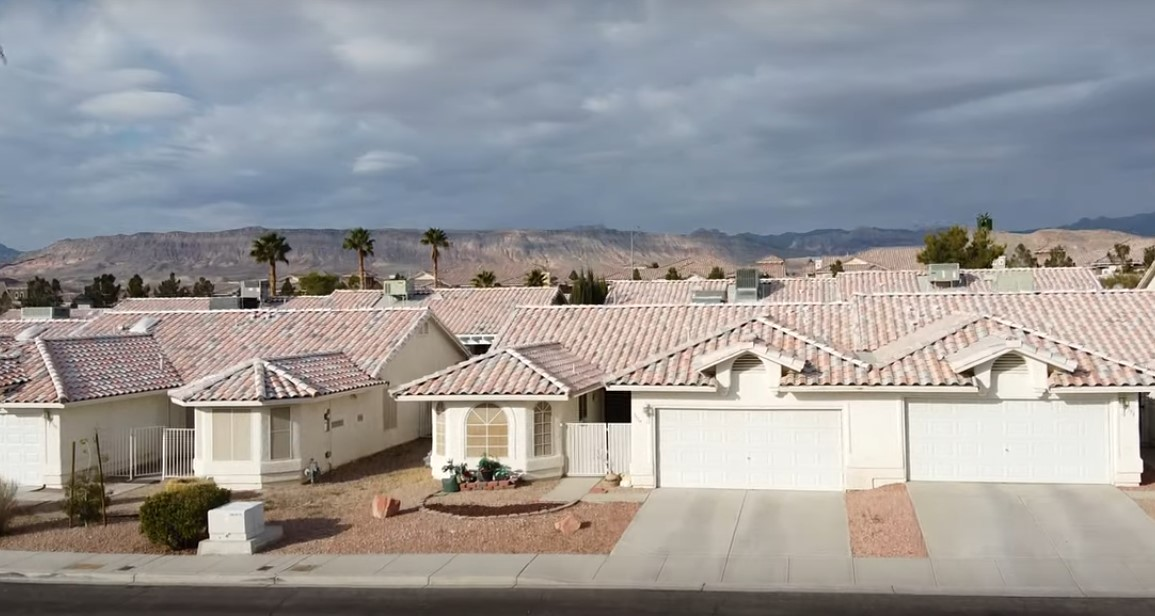 Roofing Contracctor Spring Valley
